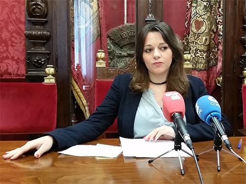 El PSOE pide mejoras en el reglamento de Servicios Sociales exento de participación 25993564482_3132797cb7