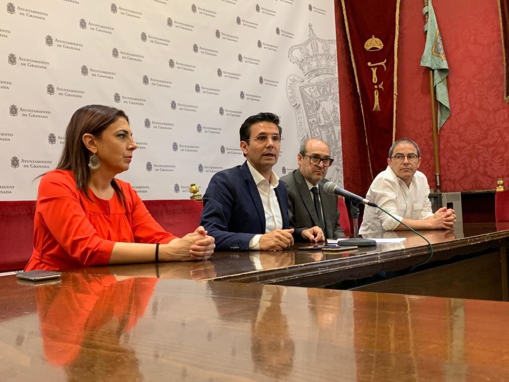 """EL PSOE INSTA A VOX A VOTAR NO EN EL PLENO DE ORGANIZACIÓN """"SI DE VERDAD NO QUIEREN SER CÓMPLICES DE ESTA FARSA"""" rueda-prensa-paco-07-19-1024x768"""