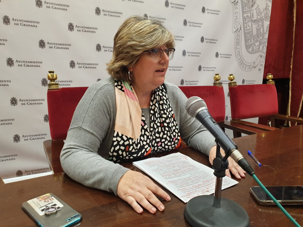 PSOE Y PODEMOS-IU ELEVAN UNA MOCIÓN AL PLENO PARA BLINDAR LA LUCHA CONTRA LA VIOLENCIA DE GÉNERO MUÑOZ-ARQUELLADAS-HOY-EN-RUEDA-DE-PRENSA-1024x768