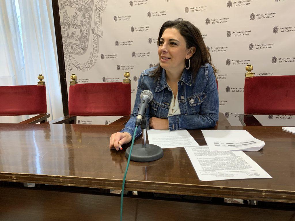EL PSOE DENUNCIA UN INCREMENTO DEL 40% EN LAS HORAS EXTRAS DE LA POLICÍA LOCAL DE GRANADA DEL 1 DE OCTUBRE AL 15 DE NOVIEMBRE RaquelRuz-1024x768