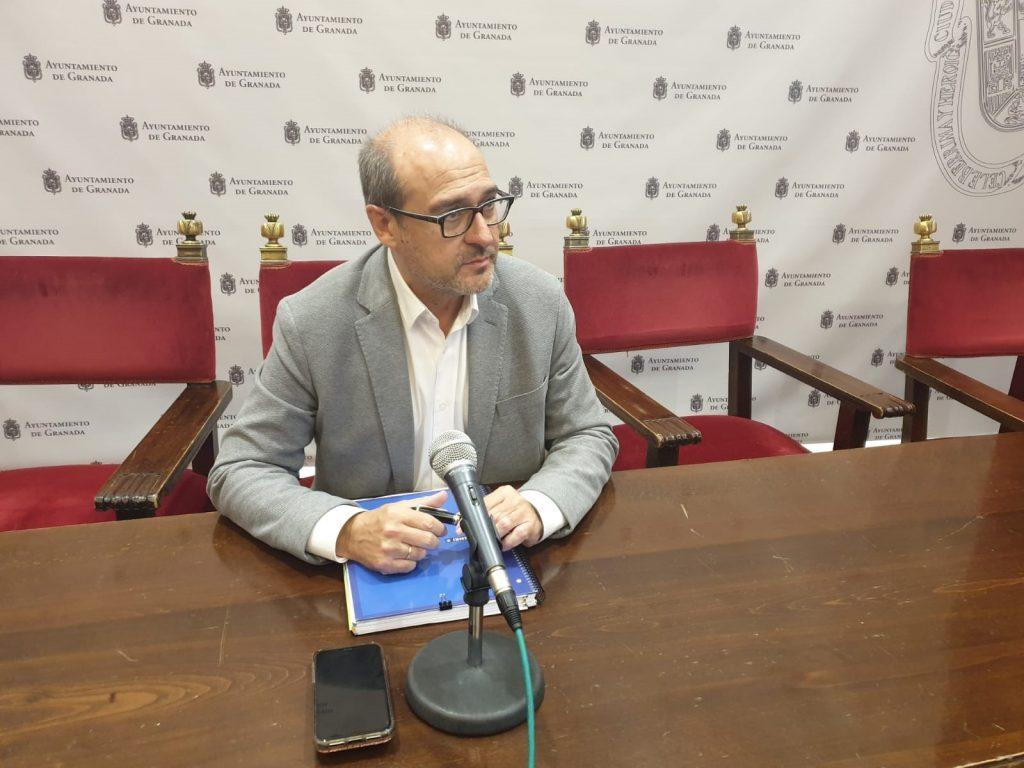 EL PSOE CRITICA QUE LA ÚNICA POLÍTICA EN MATERIA DE PERSONAL DEL PP Y CS HAYA SIDO EL DEDAZO Y LA SUBIDA DE SUELDOS jose-maría-corpas2-1024x768