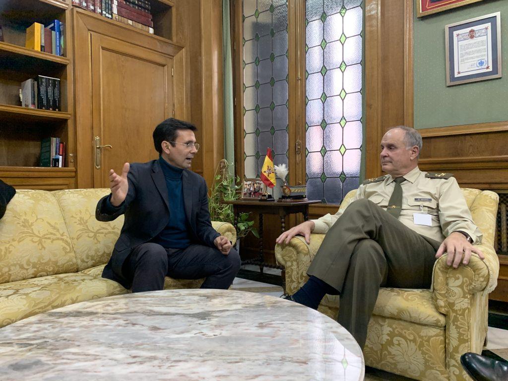 Inicio Cuenca-y-el-Teniente-General-de-Gregorio-en-la-reunión-1024x768