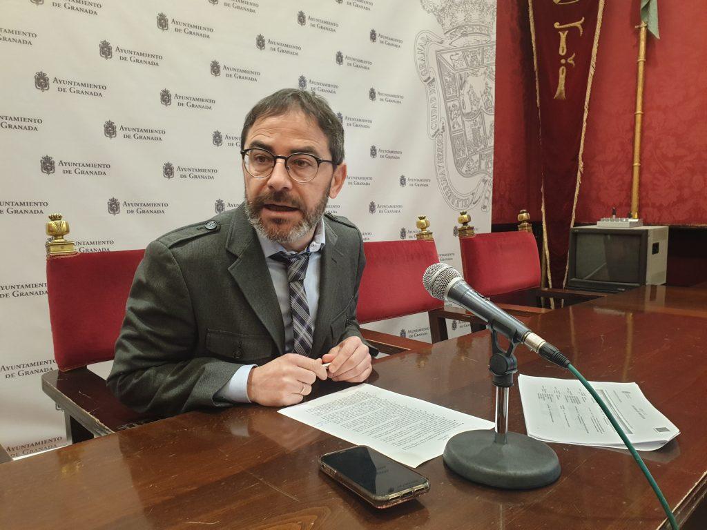 EL PSOE CRITICA QUE PP Y CS HAYAN IMPULSADO CERO PROYECTOS CON LOS FONDOS EDUSI EN SIETE MESES FERNANDEZ-MADRID-EN-RUEDA-DE-PRENSA-1024x768