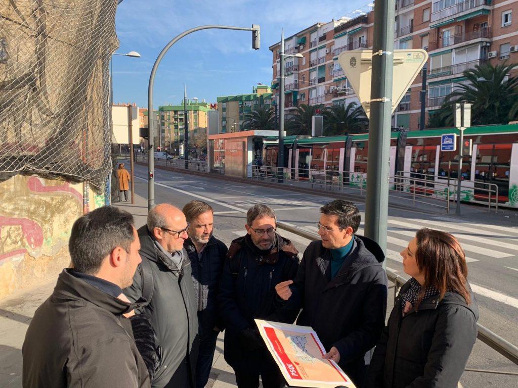 EL PSOE EXIGE UNA NUEVA LÍNEA DE METRO POR EL CENTRO QUE UNA LA CHANA Y  GENIL VISITA-HOY-A-LA-CHANA-PARA-SOLICITAR-NUEVA-LINEA-METRO-1024x768