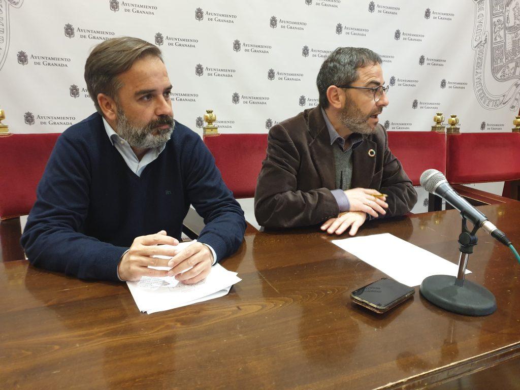 EL PSOE DENUNCIA EL ABANDONO ABSOLUTO DEL ALBAICÍN DESDE QUE GOBIERNA SALVADOR CALVO-Y-MADRID-HOY-EN-RUEDA-DE-PRENSA-1024x768