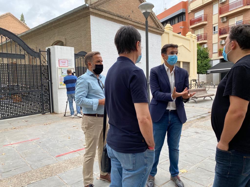 EL PSOE PROPONE MÁS DE MEDIO CENTENAR DE ESPACIOS MUNICIPALES PARA BAJAR LA RATIO EN LOS COLEGIOS DE LA CAPITAL CUENCA-HOY-EN-EL-COLEGIO-TIERNO-GALVAN-1024x768