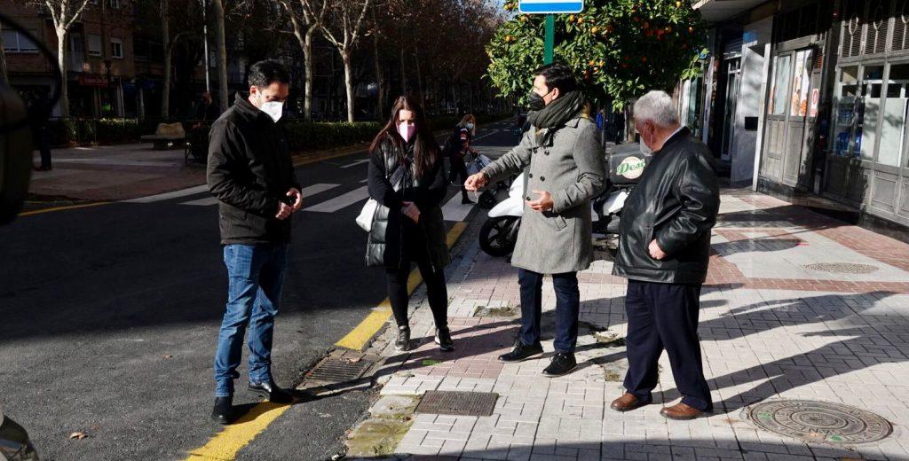 EL PSOE TILDA DE CHAPUZA LAS OBRAS DE DON BOSCO CON EL ACERADO LEVANTADO Y PELIGROSO PARA LOS VIANDANTES Cuenca-en-la-avenida-Don-Bosco-1024x520