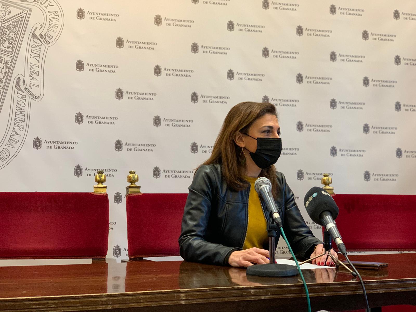 EL PSOE PIDE REFUERZO POLICIAL SUFICIENTE LOS FINES DE SEMANA PARA CONTROLAR LOS BOTELLONES RAQUEL-RUZ-HOY-EN-RUEDA-DE-PRENSA